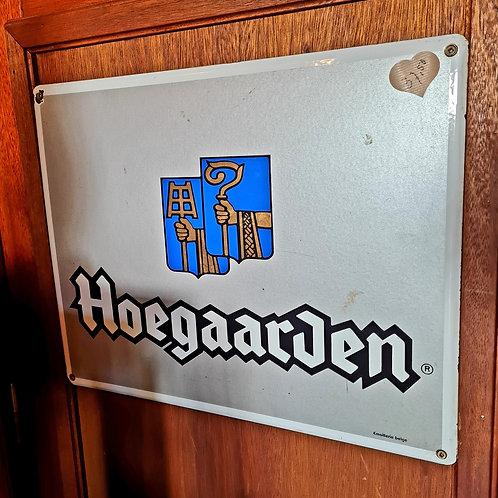 Oud metalen bierbord