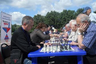 Шахматисты сыграли на фестивале прессы