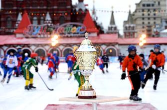 Турнир патриарха Кирилла по хоккею с мячом пройдет на ГУМ-катке