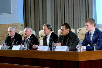 Пресс-конференция в Москве с онлайн-трансляцией, посвященная Турниру претендентов ФИДЕ