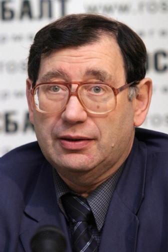 Евгению  Богатыреву исполнилось 75 лет!