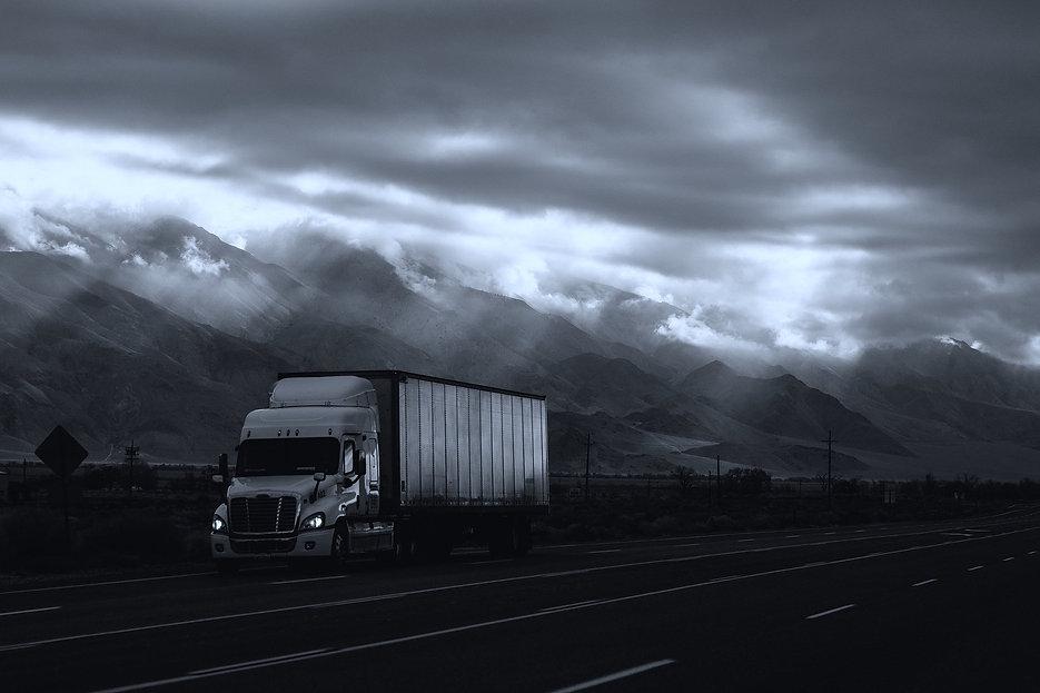 cloudy-1866581_1920.jpg