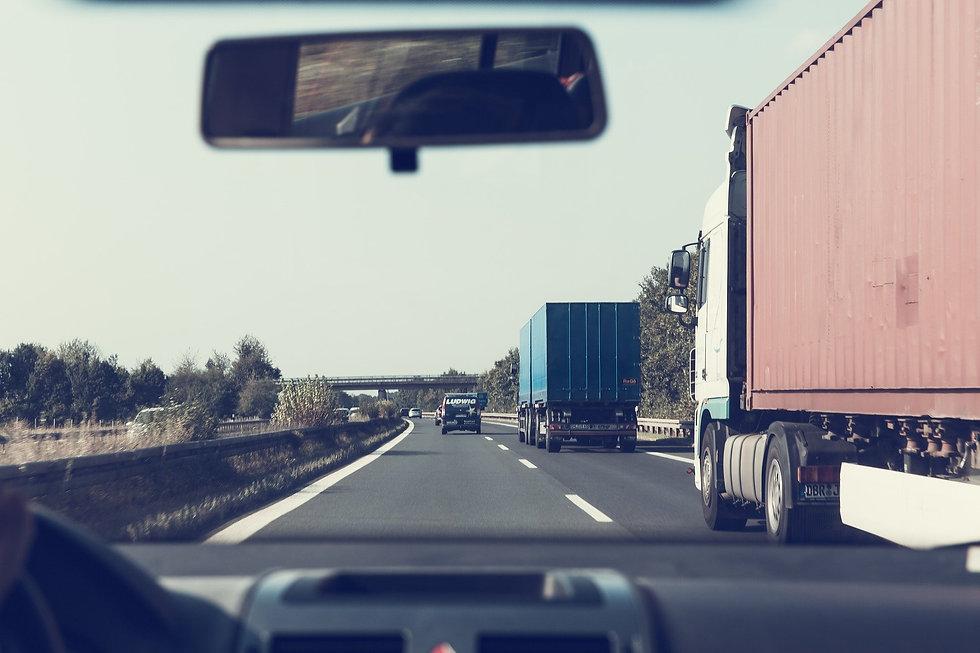 highway-1666635_1920.jpg