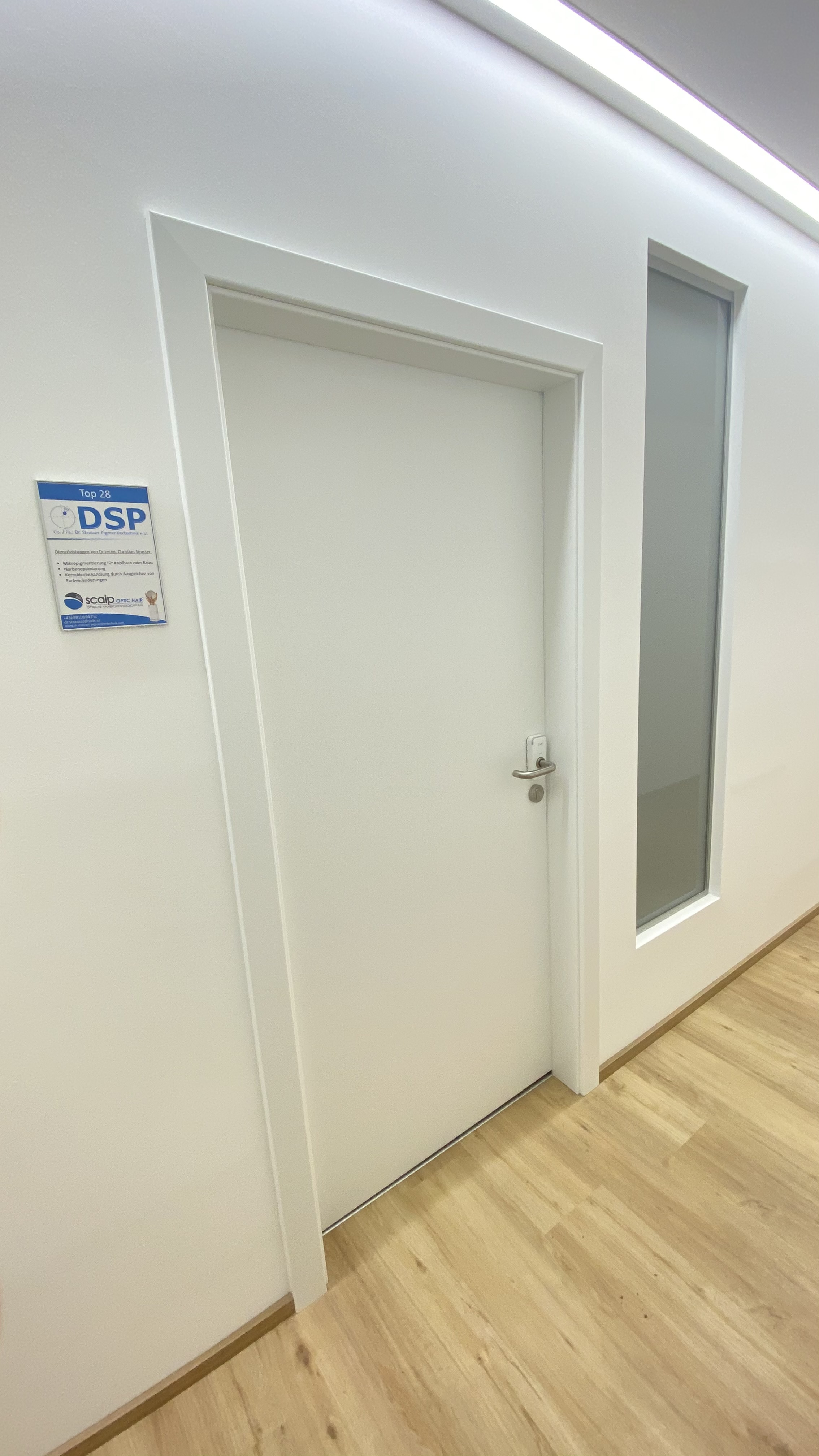 Eingang zu Fa. DSP