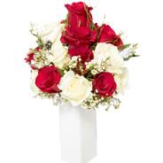 Bouquet rose bianche e rosse € 60,00