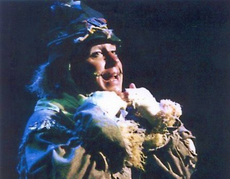 Andrew Fleming as Scarecrow in Oz