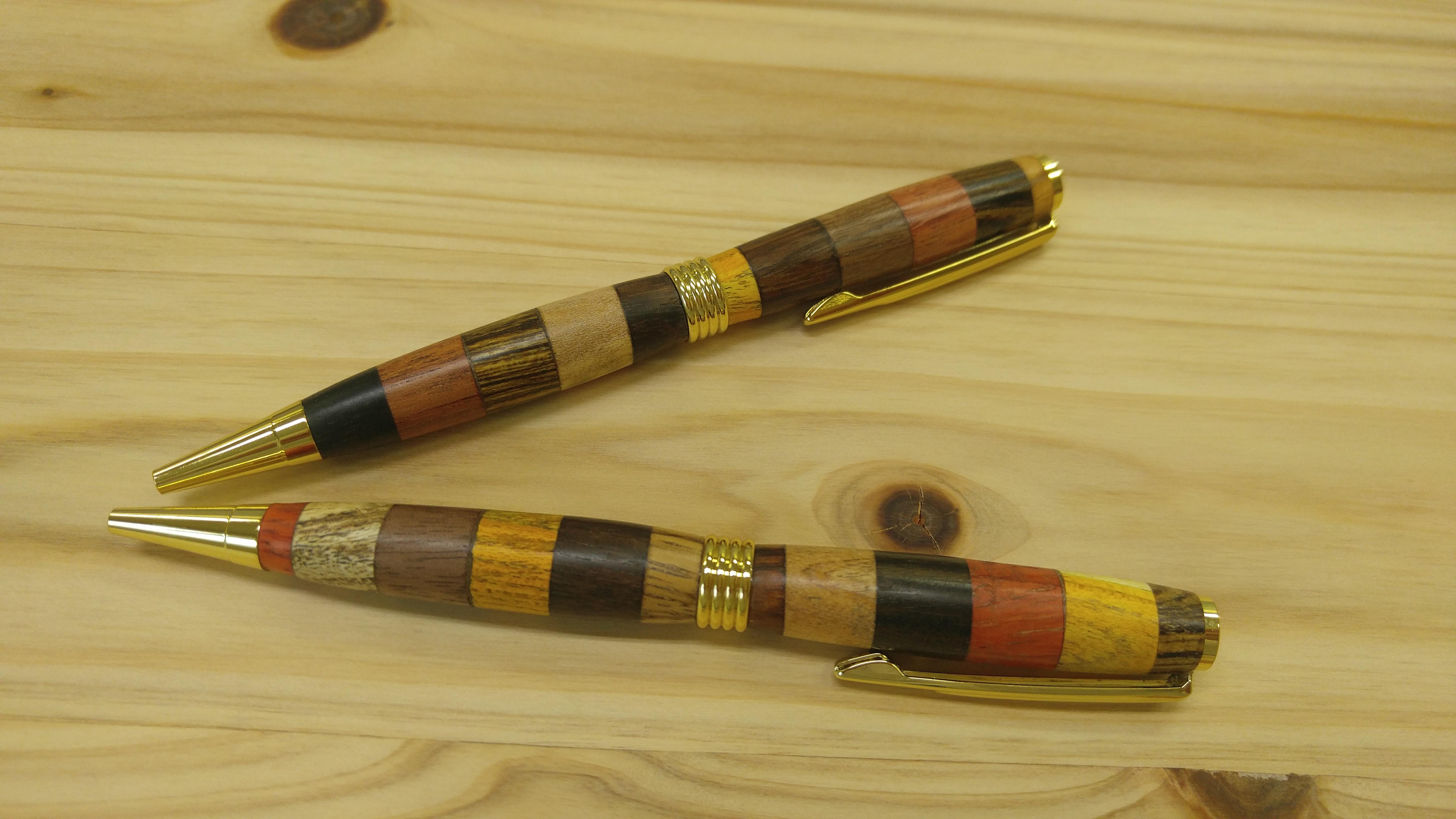 다양한 나무 우든펜