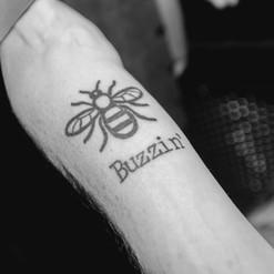 Buzzin' Buzzing Album A1M Bee