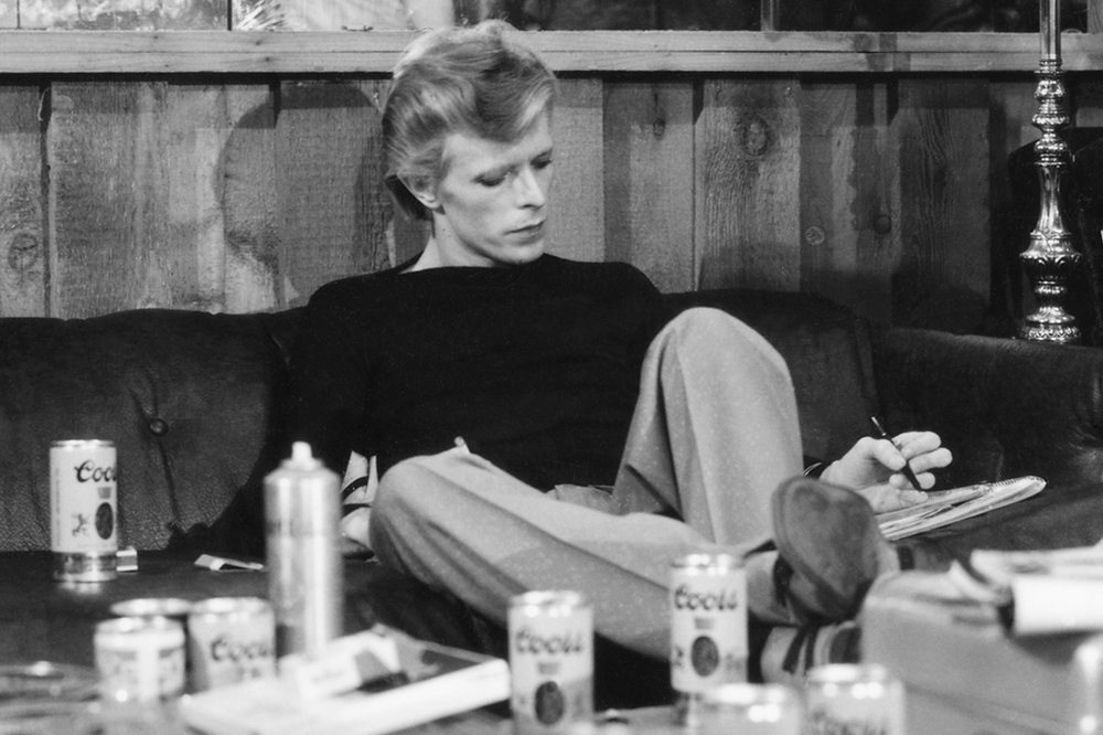 © Terry O'Neill - David Bowie, 1974