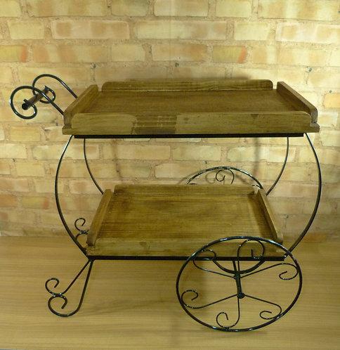 Mesa carrinho chá para decoração de festas