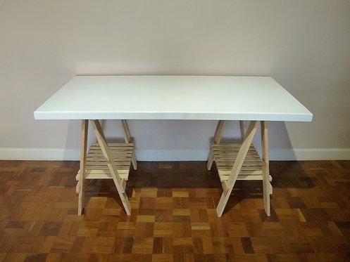 Mesa cavalete cor branca