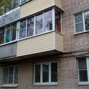 Остекление балкона в п.Большевик, Ленина 50