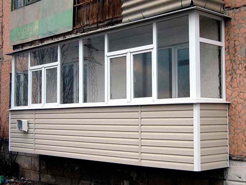 отделка сайдингом балкона 6 метров