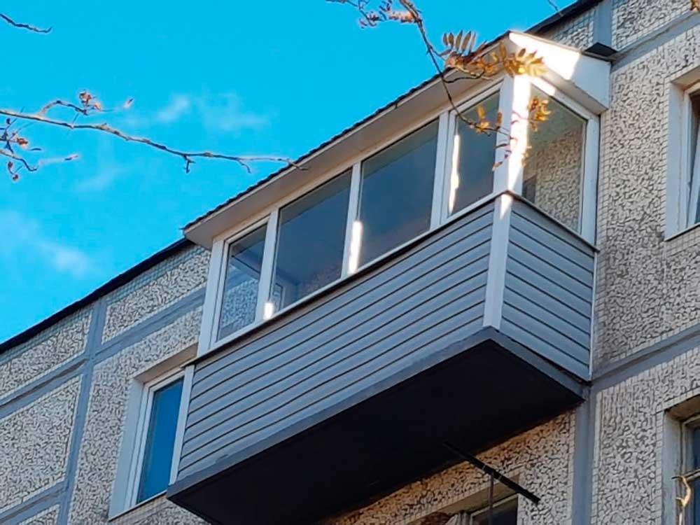 балкон с крышей остеклить серпухов