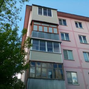 Остекление балкона в Серпухове на улице Советская.