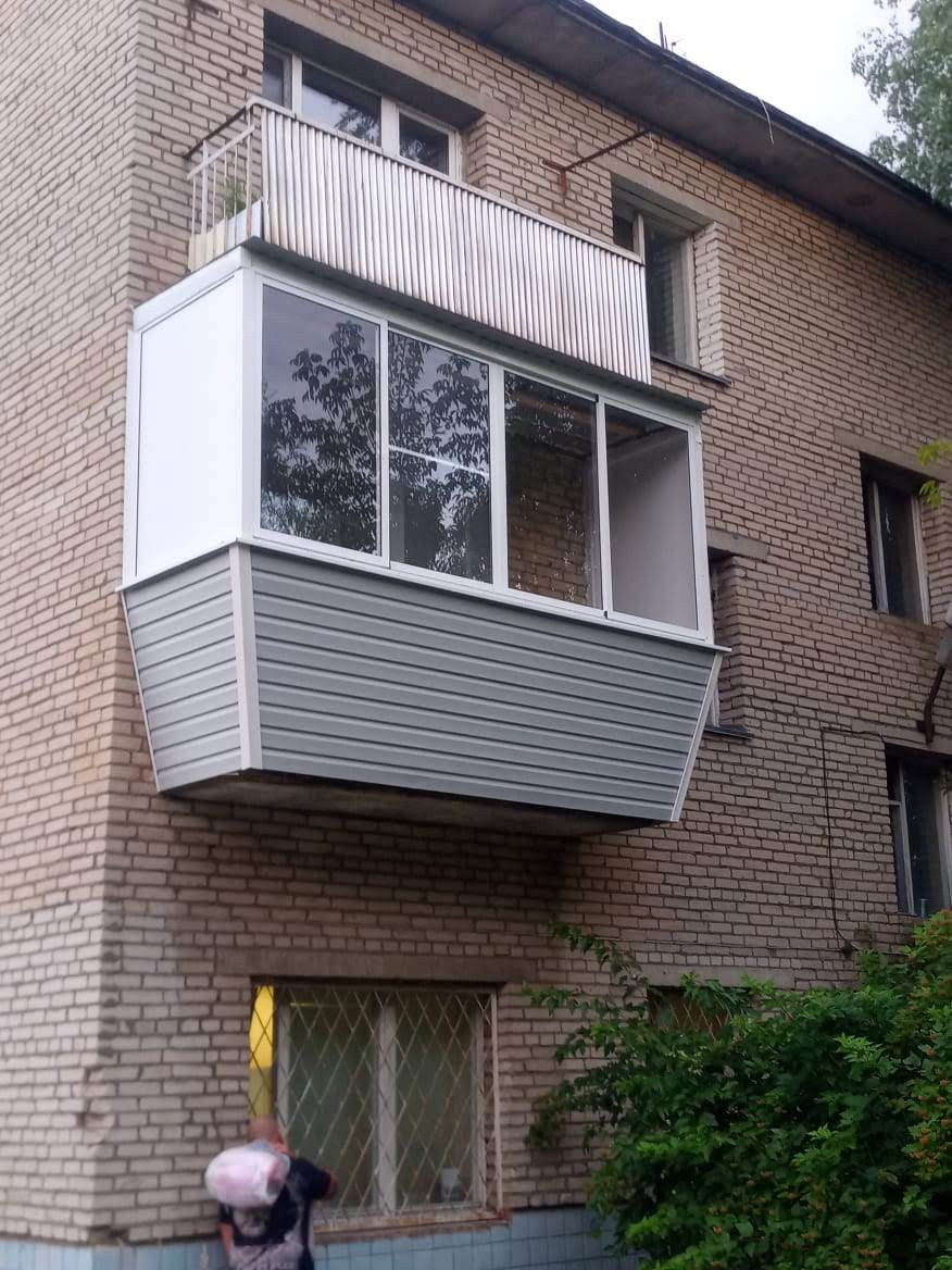 Установка окон на балкон в Серпухове, ул. Ногина