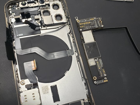 Is this a FATAL FLAW in the iPhone 12 Pro? - Data Recovery Techniques & Motherboard Repair