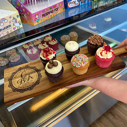 12 Mixed Cupcakes