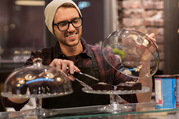 shutterstock_581723632 cafe hipster brow