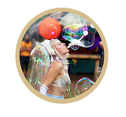 BECKY BUBBLES 2 GOLD CIRCLE.png