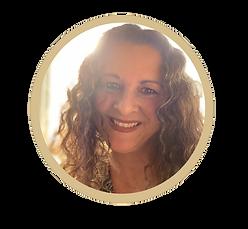 Kirstie Pearce gold circle.png