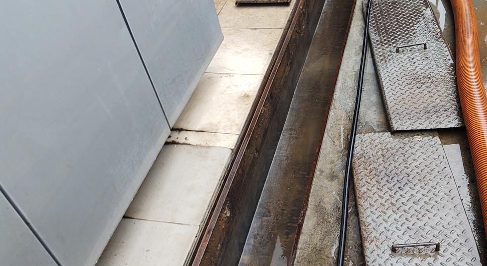 Limpeza de Caixa Separadora 04.jpg
