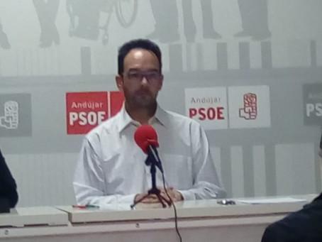 Antonio Hernando participa en una sesión de Los Socialistas en las Instituciones para abordar la apl