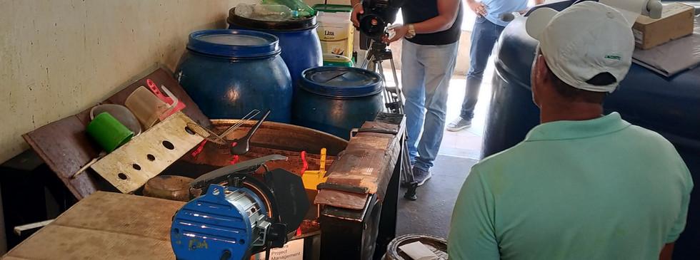 Reciclagem de óleo de cozinha 02.jpg