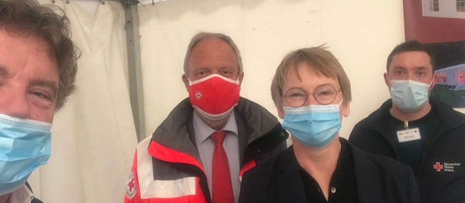 Besuch des DRK SH Präsidenten im Impfzentrum Gettorf