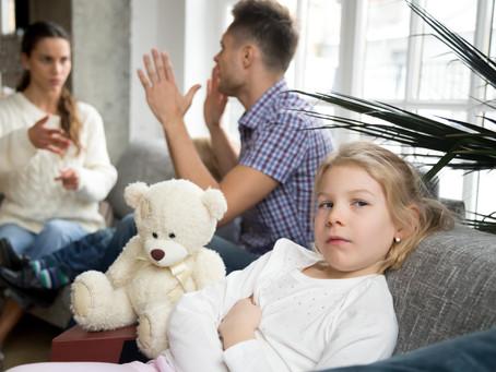 ¿Cómo afectan los problemas emocionales en el entorno familiar?