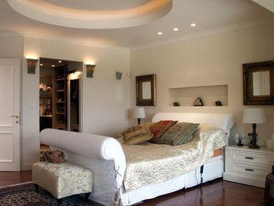 Location: Jerusalem Ein Karem Total floor area: 360 sqm Total site area: 600 sqm Program: Single family house Design & built: 2003-2004