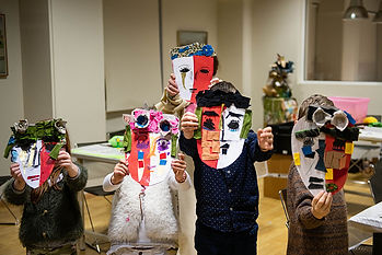 carnival_in_athens_kids_with_masks1.jpg