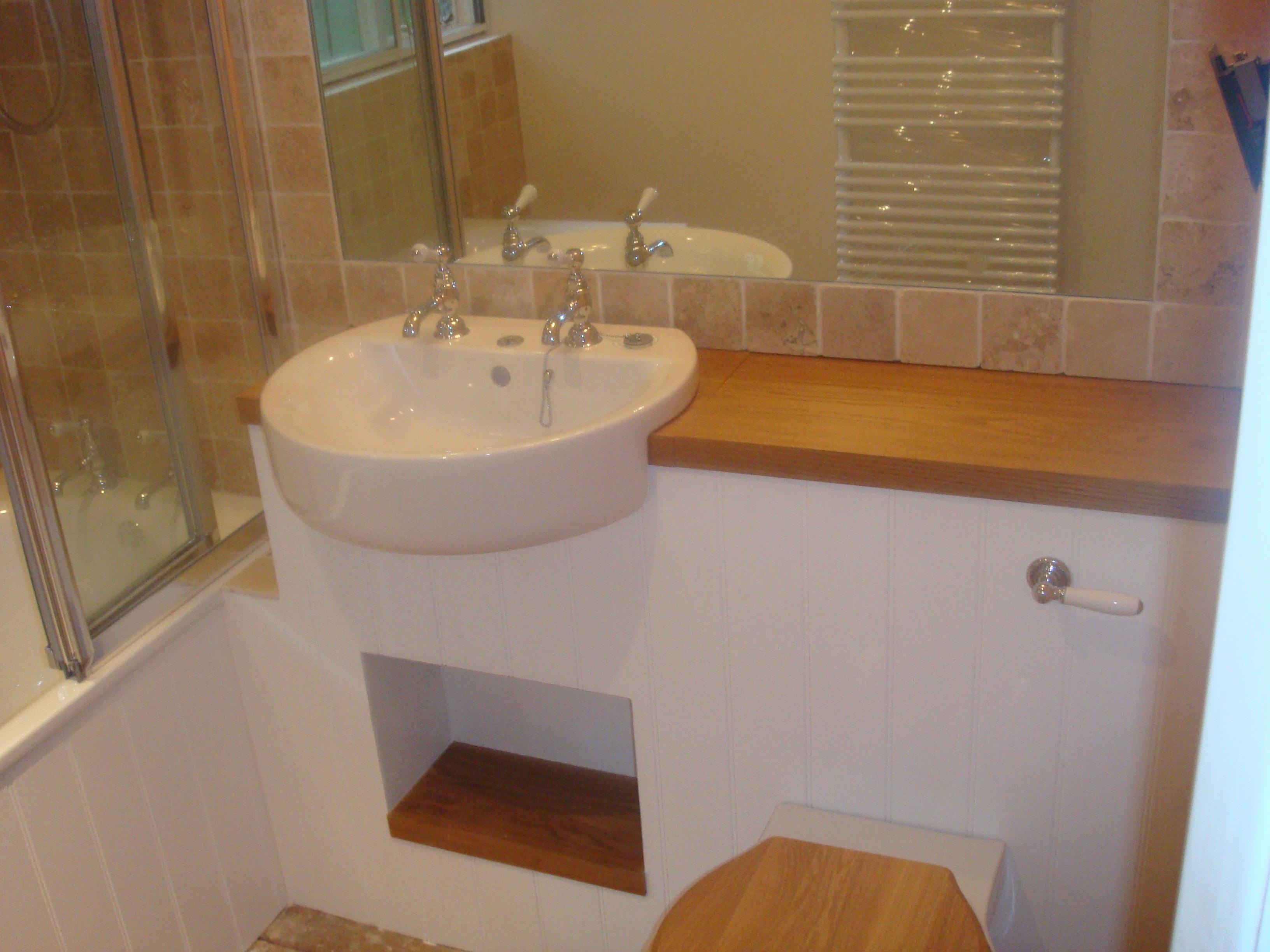 Bathrooms 052