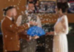 Zauberer Sylt verblüfft und bespaßt das Brautpaar