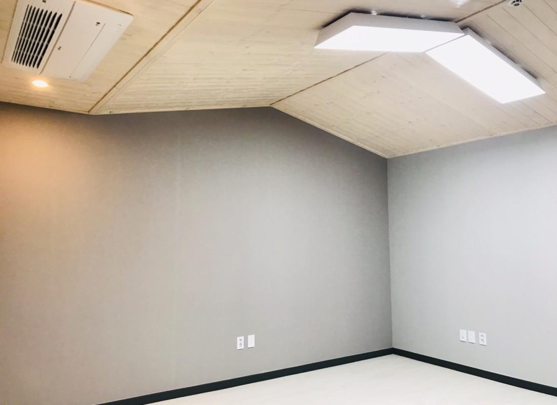 secondary livingroom