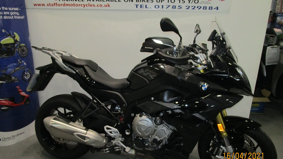 BMW S1000XR TRIPLE BLACK