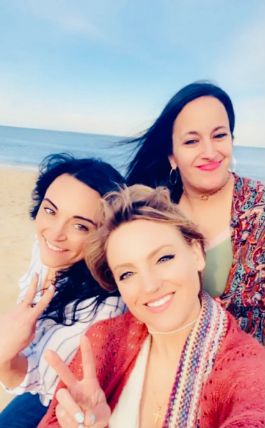 Jessica and her friends on the beach