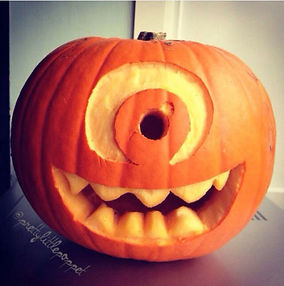 gallery-1477647170-monsters-inc-pumpkin.