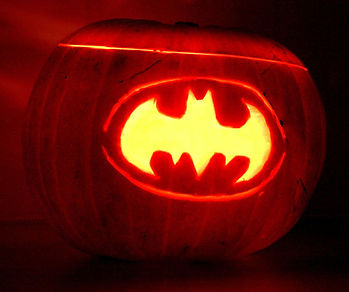 gallery-1477651271-batman-pumpkin.jpg