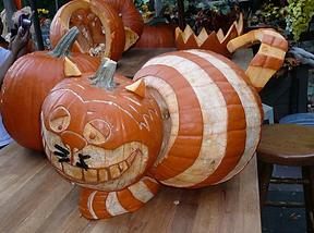 gallery-1477648109-chesire-cat-pumpkin.p