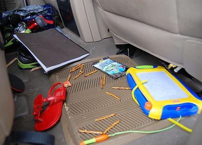 messy-car.jpg