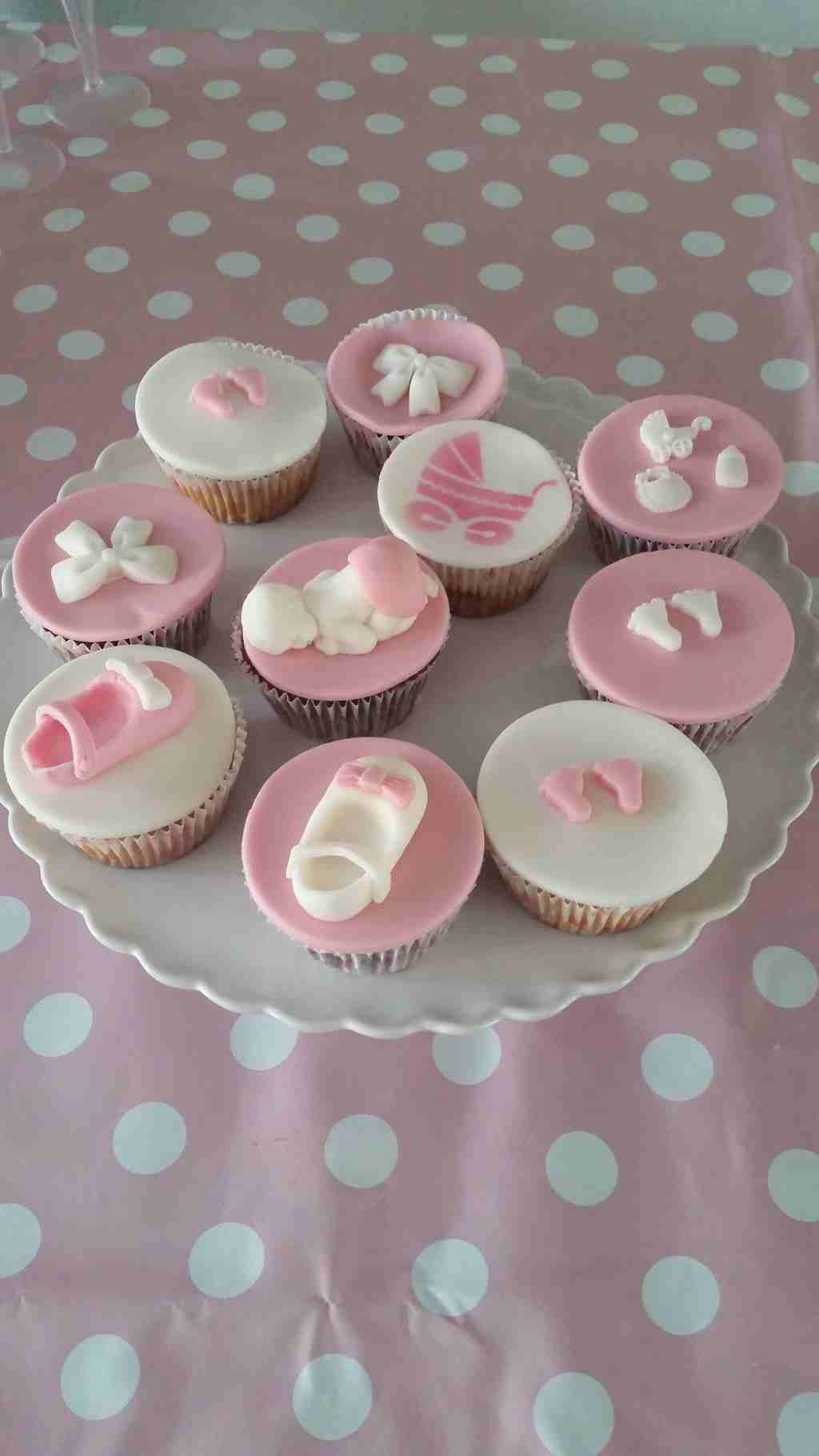 Cupcakes made by Cabolicious
