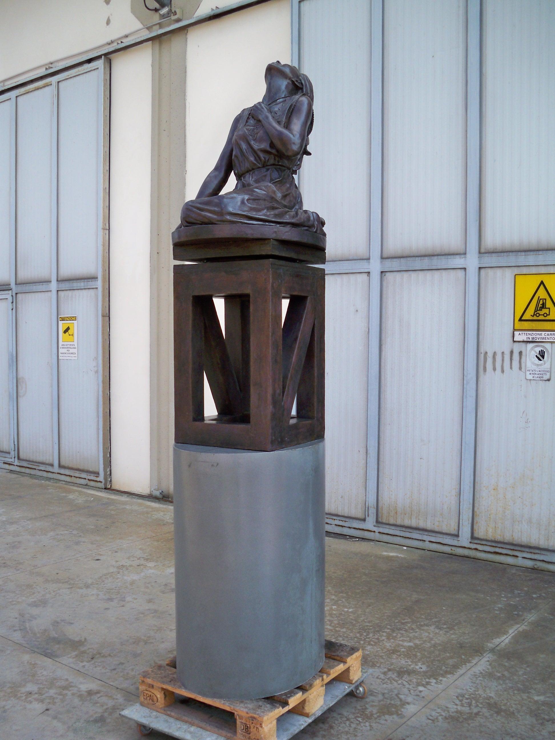 Puckey Thom, Eline Vere h. cm. 180, collocata a Den Haag (L'Aja) (NL)
