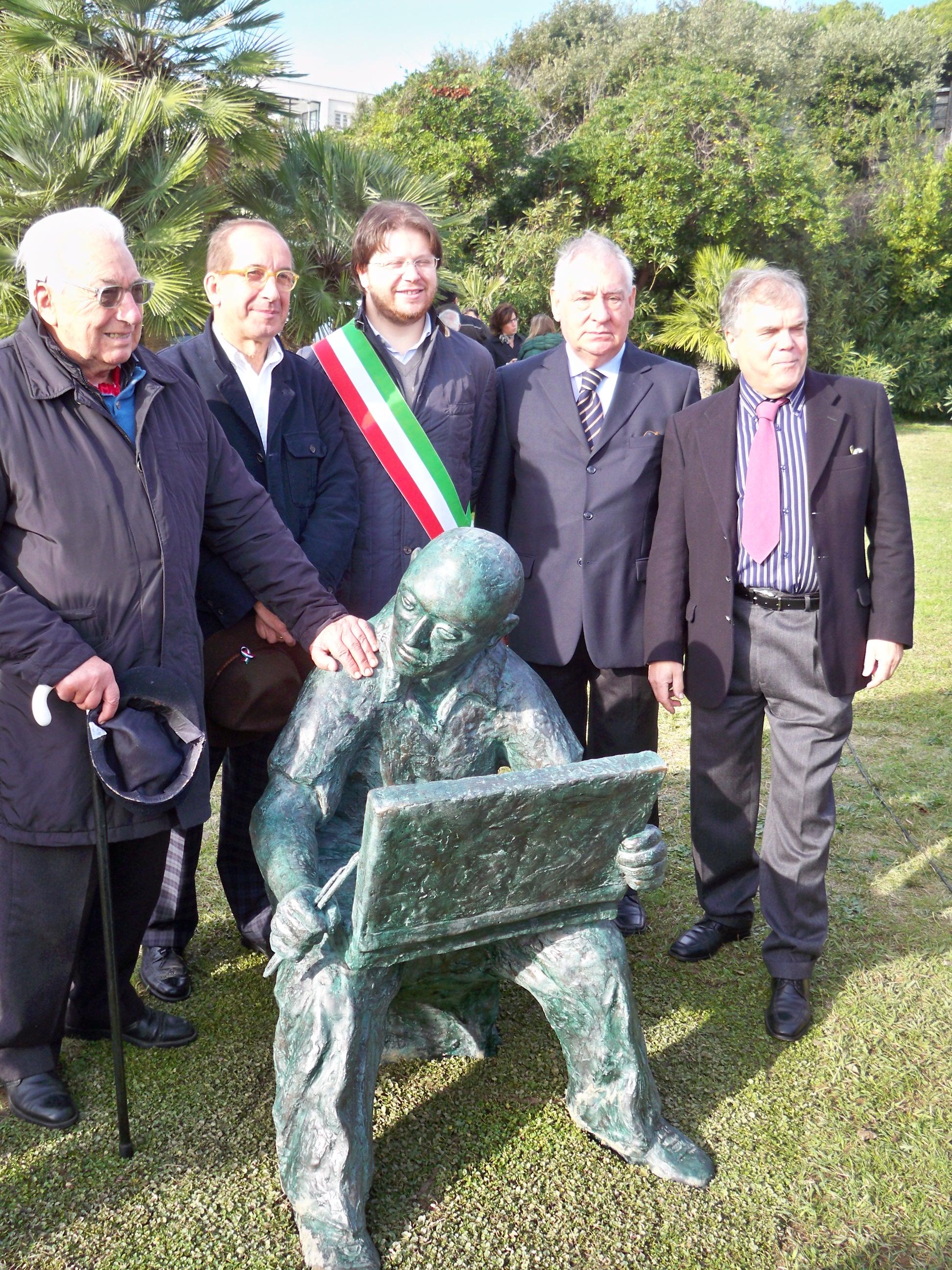 Lomi Massimo - Pittore h. cm. 130