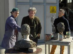 Roberto Barni con Aldo Busi in visita alla Salvadori Arte (7).JPG
