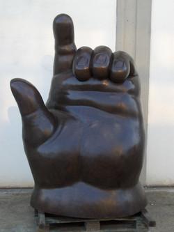 Fernando Botero - Left hand - Mano sinistra h. cm. 200.JPG