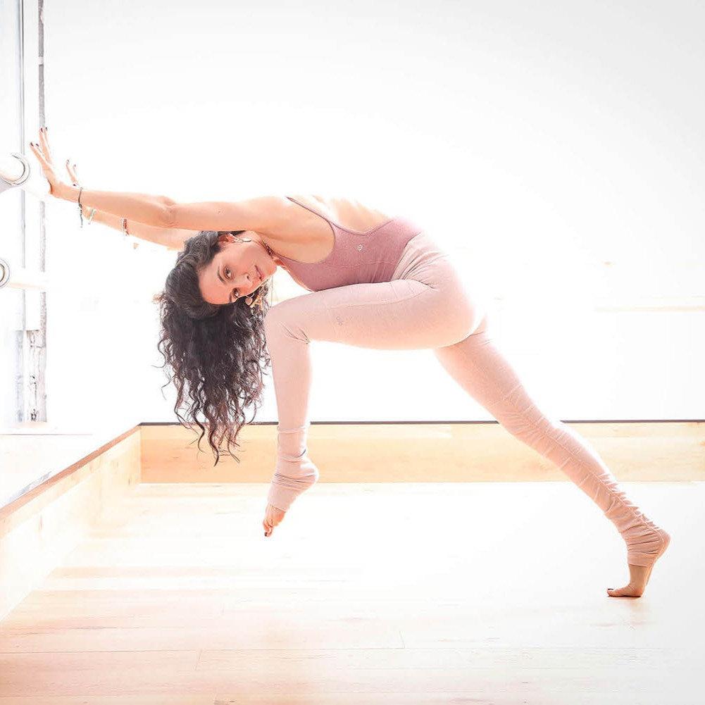 יוגה Flexibility - אביה מנדלסון