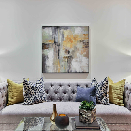 How to Make a Small Living Room Feel Bigger