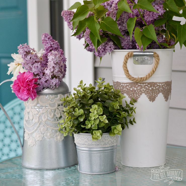 Mod-Podge-Decopauged-Lace-Garden-Containers-2