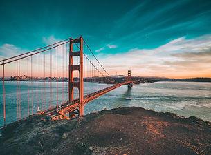golden-gate-bridge-1081782_1920.jpg
